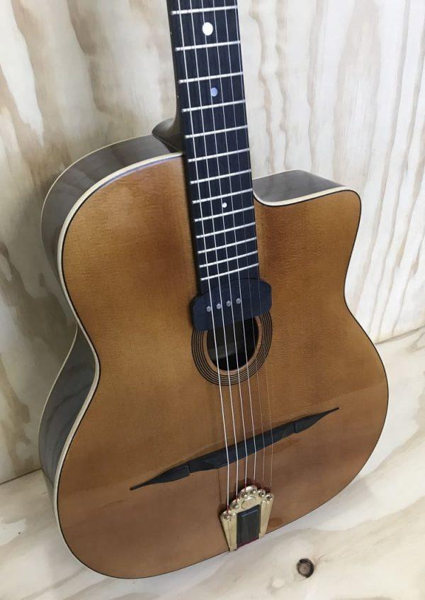 Guitarra modelo Django Gerónimo Mateos