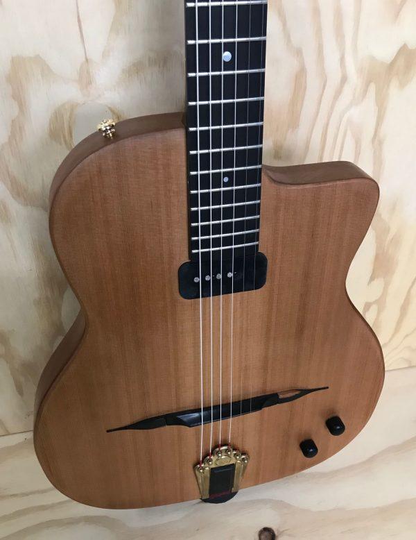 Guitare électrique Modèle Daniela